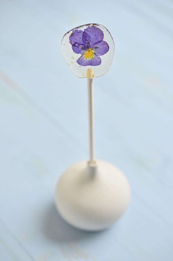 Pansy sugar lollipop