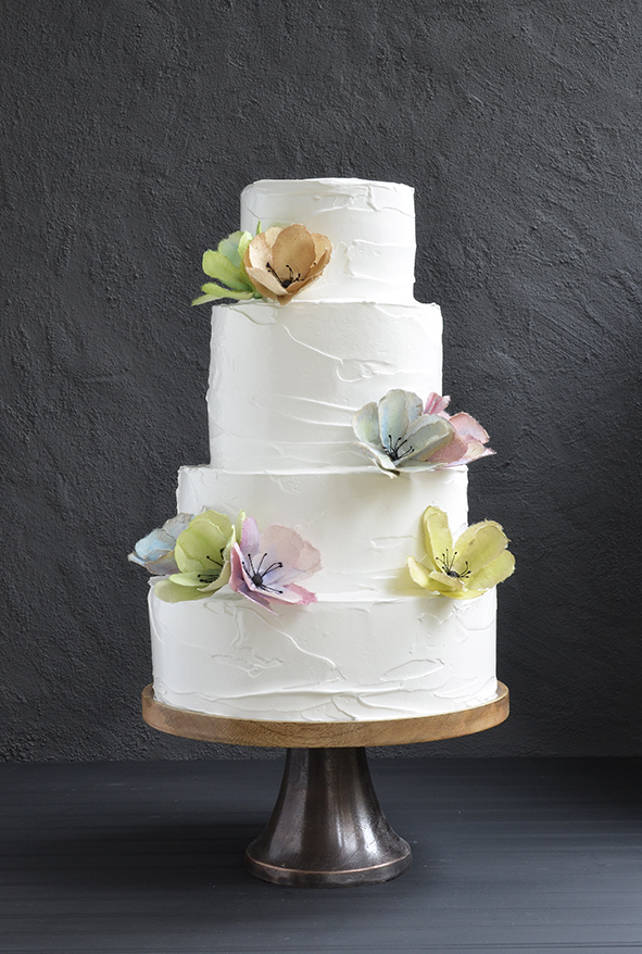 meringue wedding cake wedding cake with meringue frosting and aquarel flowers 17263